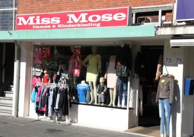 Miss Mose kleding