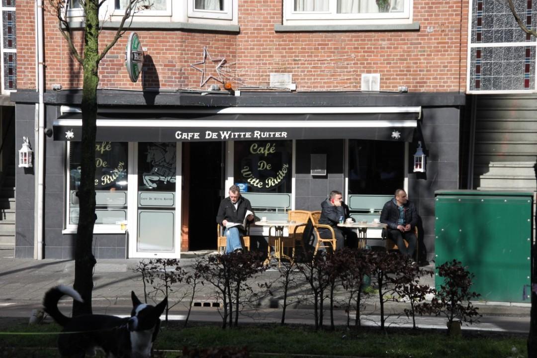 Café de witte Ruiter